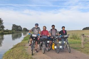 Bien-aimé Un tour de France en vélo à plat TB16